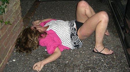 Atom 3 drunk teen girls