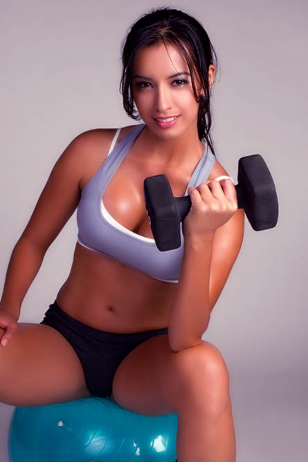 Seriously... No women looks like this at the gym. Ever!